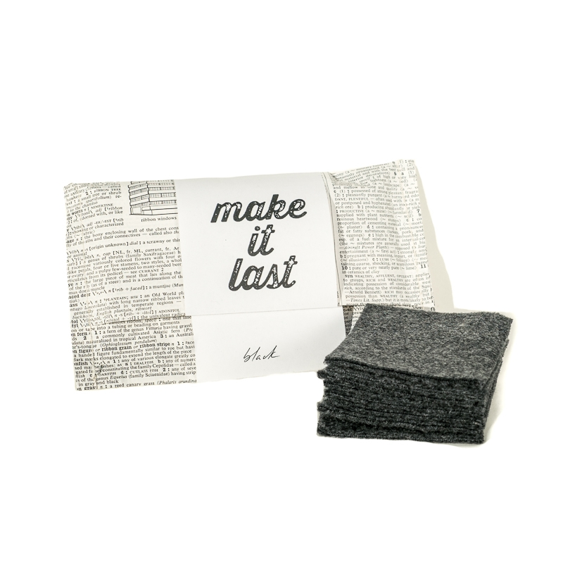 Reusable cotton make-up remover pads black by Make it Last