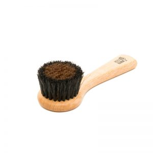 Ionic face brush